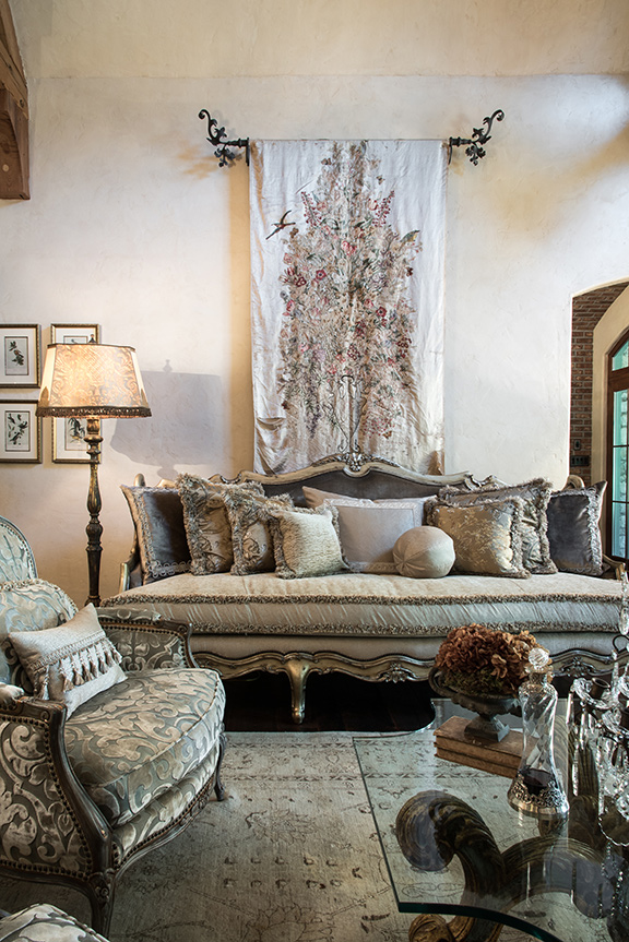 Working In With The Homeowner Heidiu0027s Expertise In Fabric And Frame On  The Custom Marge Carson Sofa Resulted In A Stunning Final Piece In The