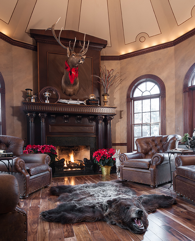 A Sleighful of Santas   ST. LOUIS HOMES & LIFESTYLES
